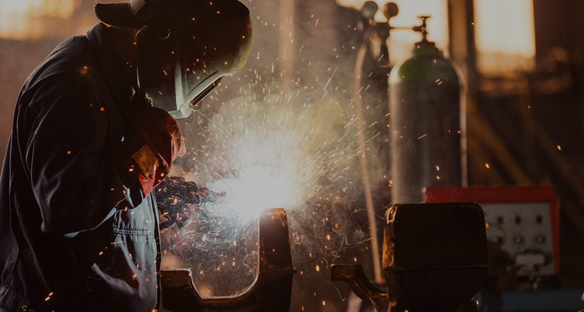 ipari elszívó pályázat, steril levegő a munkahelyen, megfelelő elszívó választása